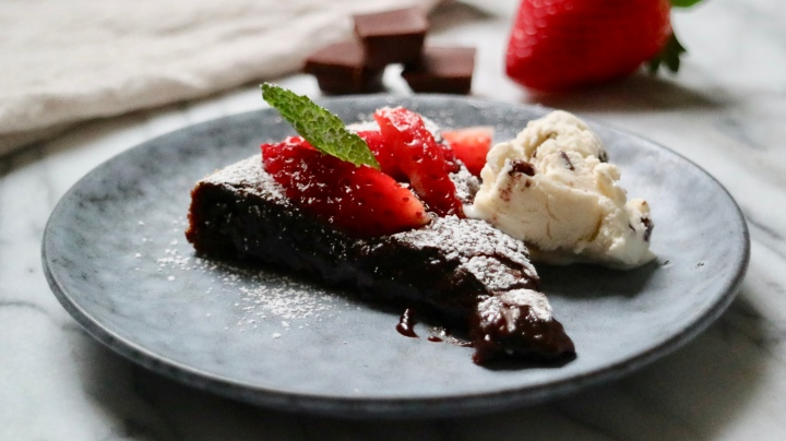 Swedish mud cake (Kladdkaka) – gluten free alternative