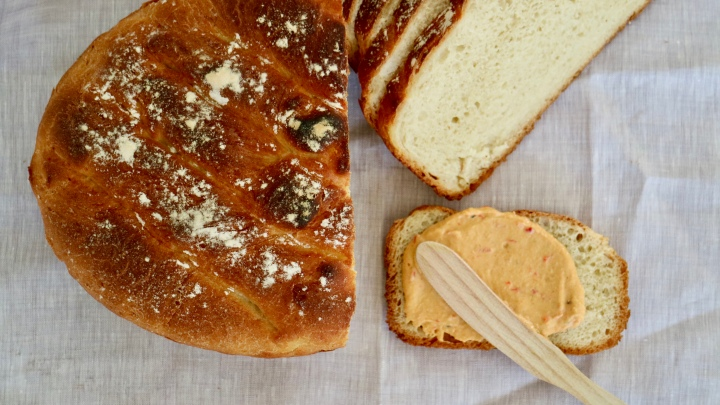 Country loaf bread