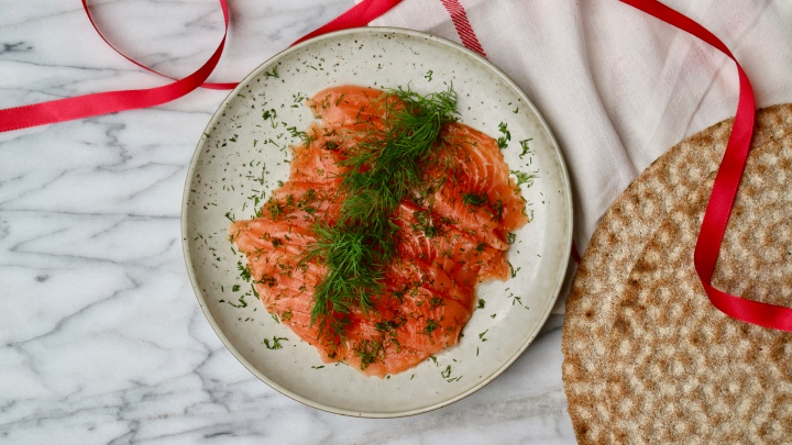 Dill-cured salmon