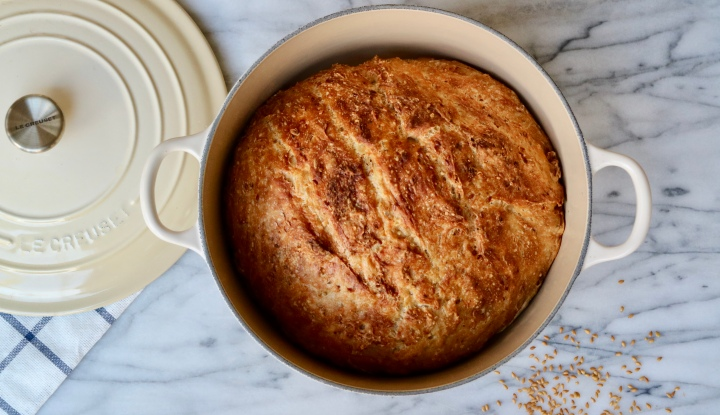 No-Knead bread with flaxseeds