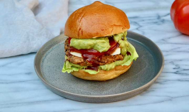 Veggie bean burger with guacamole